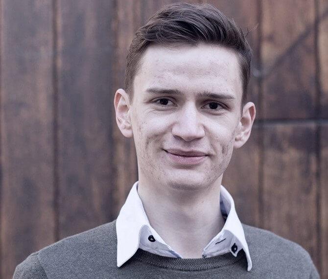 Alexander Van den Bergh